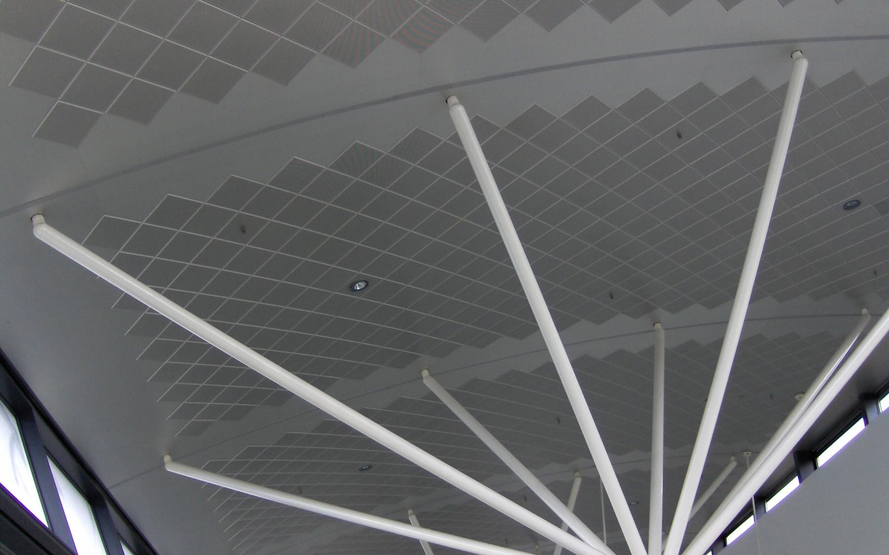 Copenhagen airport - Clip-in bevelled edge