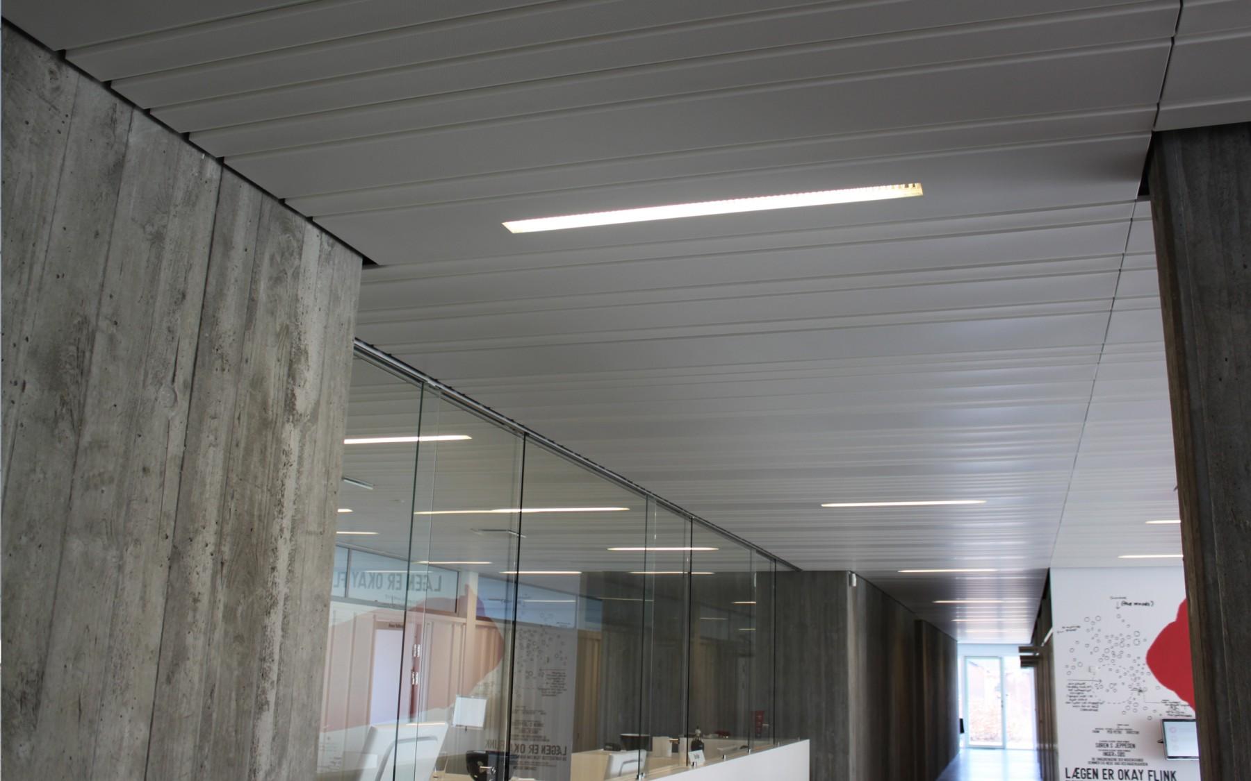D 10 100 200 300 Panel