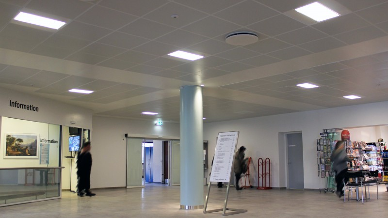 Bispebjerg_hospital - DAMPA Clip-in bevelled edge
