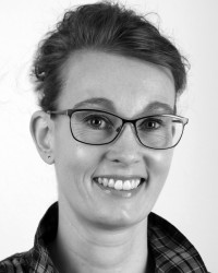 Anne Marie Wils Delman, Customer Service