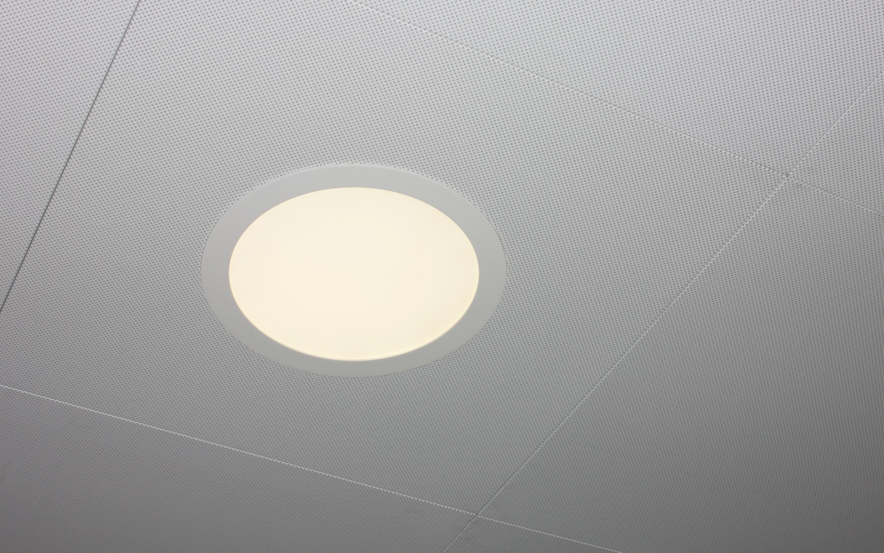 LED, round spot